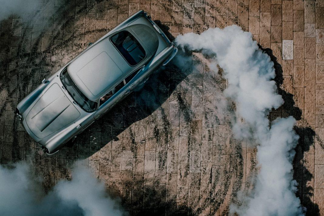 voertuigen bond in motion