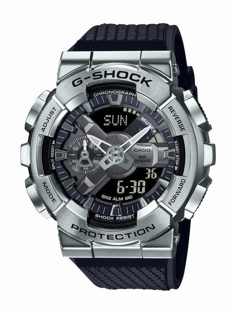 Digitaal-analoge G-SHOCK met bezel van gesmeed metaal van Casio