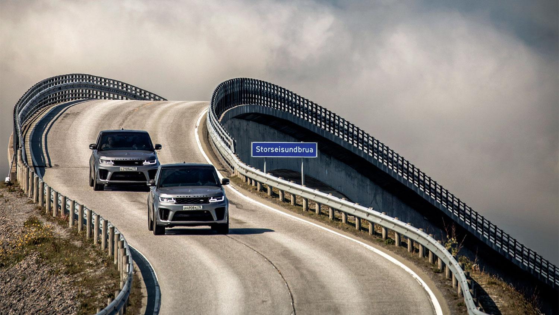 Met de Range Rover SVR achter de schermen bij No Time To Die